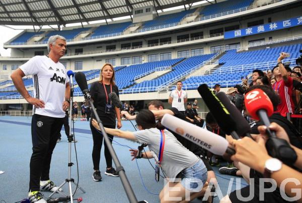 Моуринью оценил поведение Роналду в финале Евро