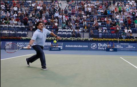 Диего Марадона стал теннисистом