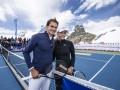 Федерер сыграл в теннис с олимпийской чемпионкой в заснеженных Альпах (фото)