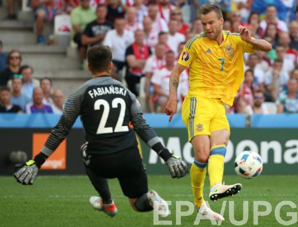Ярмоленко в матче с Польшей