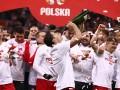 Полиция изучит жалобу о распитии форвардом сборной Польши алкоголя на стадионе