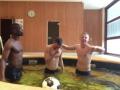 Зинченко в бассейне наказал партнера по ПСВ