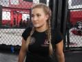 Российская красотка из MMA проведет следующий бой в Bellator