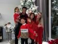 Малиновский в костюме Санты, Роналду - с семьей: Как звезды футбола встретили Новый год