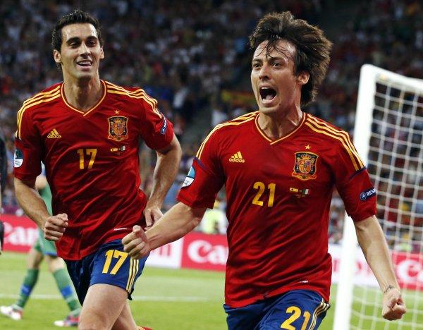 голы алонсо на евро 2012: