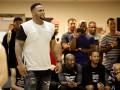 Экс-игрок НБА переехал человека, а потом избил его