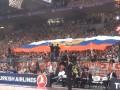 Фанаты Црвены Звезды встретили киевский Будивельник флагом России (ВИДЕО)
