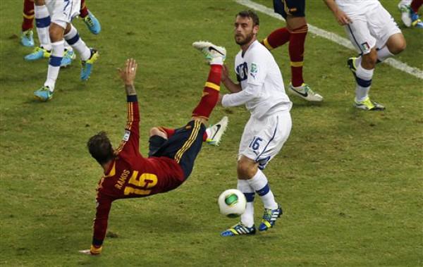 Испания оказалась сильнее Италии