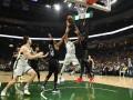 НБА: Филадельфия вырвала победу у Бруклина, Детройт проиграл Милуоки