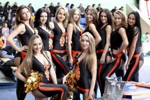 Красотки Суперлиги: Девушки группы поддержки серии Ферро-ЗНТУ - Черкасские Мавпы