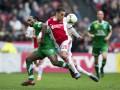 Стимулирование по голландски: ПСВ обещает игрокам Де Графсхапа iPhone 7 за успех с Аяксом