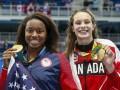 Сразу две пловчихи выиграли золото в Рио, приплыв к финишу одновременно