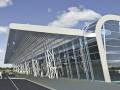 Львовский аэровокзал обзаводится стеклянным козырьком