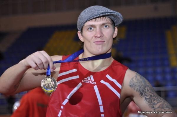 Александр Усик прогнозирует победу Кличко