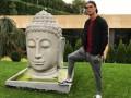 Криштиану Роналду опозорился, осквернив статую Будды