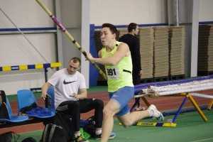 Быстрее, выше, сильнее: Лучшие фото с зимнего чемпионата Украины по легкой атлетике