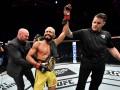 Фигейреду победил Бенавидеса и завоевал титул в главном бою UFC Fight Night 172
