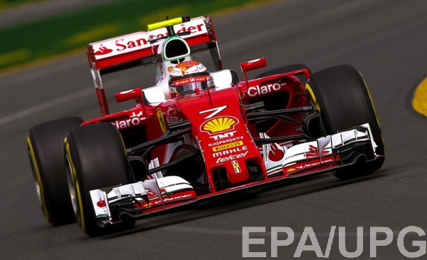 Германский гонщик «Формулы-1» Нико Росберг изкоманды «Мерседес» одержал победу Гран-при Австралии