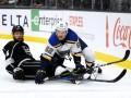 НХЛ: Нэшвилл разгромил Колорадо, Сент-Луис в ярком матче проиграл Лос-Анджелесу