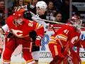 НХЛ: Калгари крупно обыграл Анахайм, Нью-Джерси всухую уступил Детройту