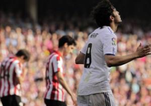 Примера: Барселона и Реал идут без осечек, Валенсия разрывает Вильярреал