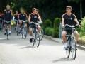 Новый тренер пересадил игроков Шахтера с авто на велосипеды