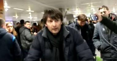 Шовковский мешал полицейским, которые пытались передать повестку его девушке