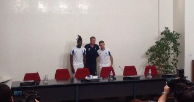 Динамо официально представило Караваева и Кадири