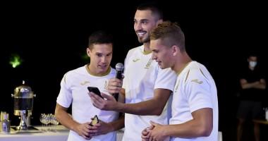 Новички сборной Украины спели на своем посвящении