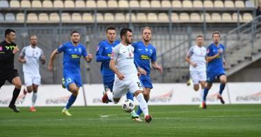 Заря — Десна 2:0 видео голов и обзор матча чемпионата Украины