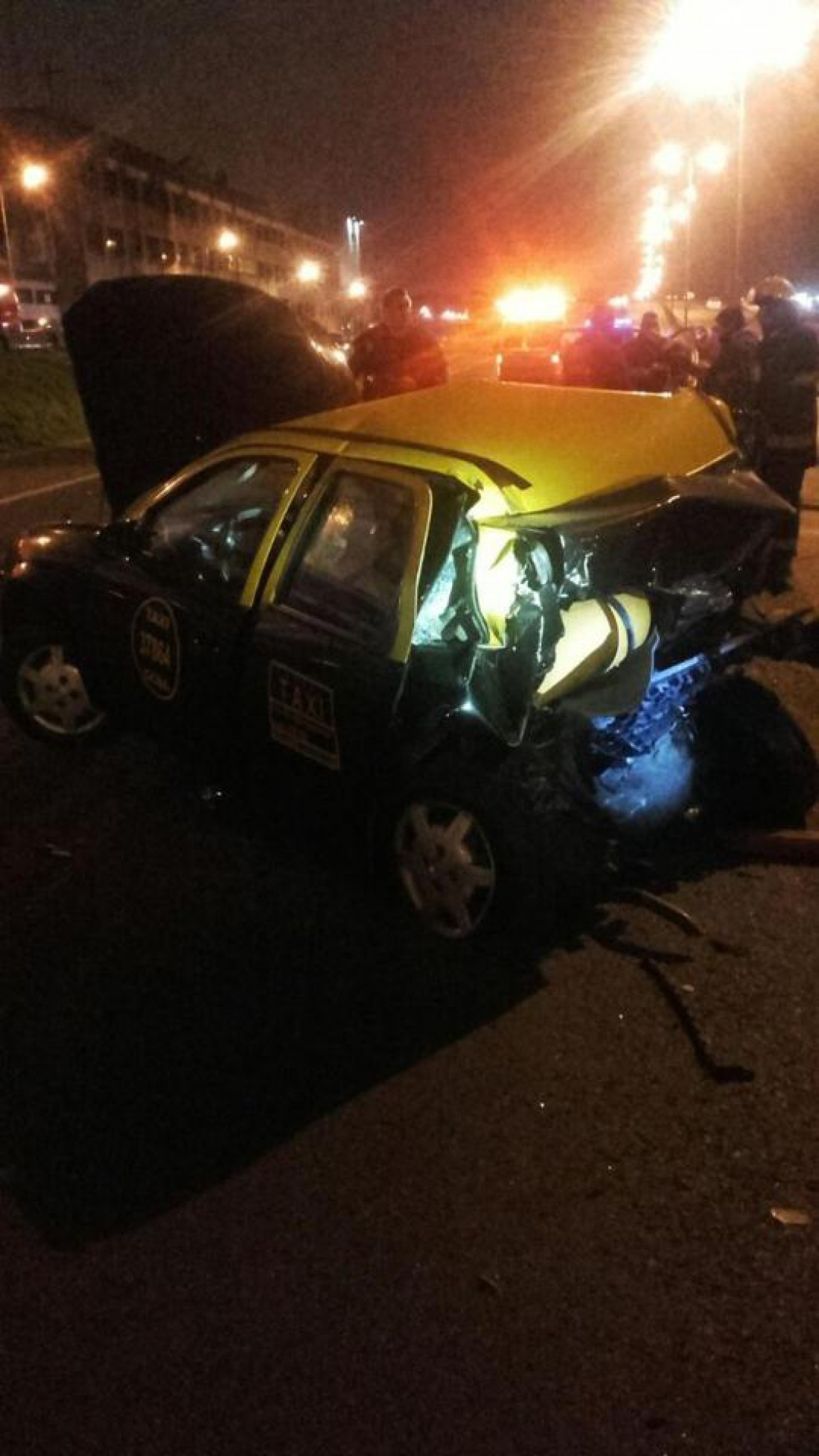 Два пассажира такси скончались от полученных травм