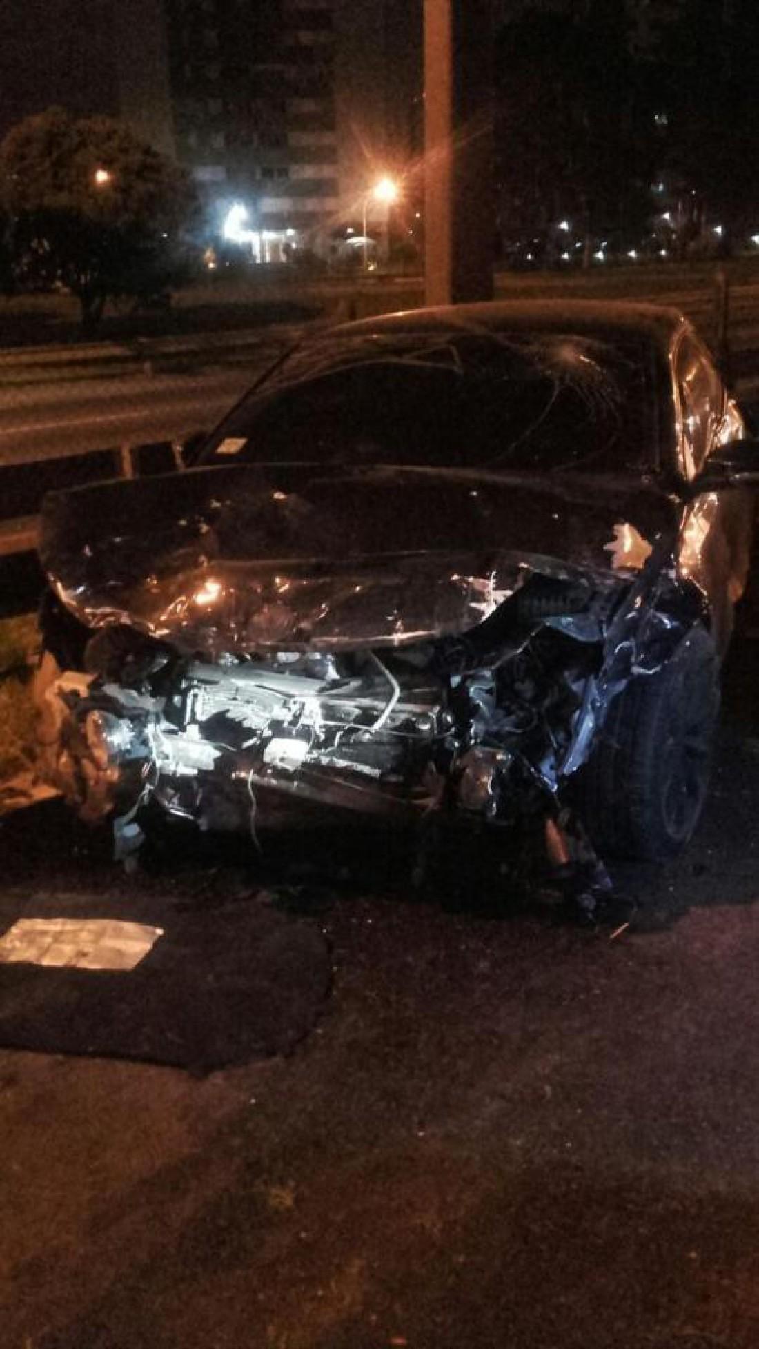 Автомобиль Сарате, на котором он врезался в такси