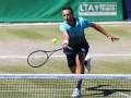 Стаховский уступил во втором круге турнира в Галле