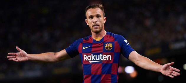Официально: Барселона объявила о переходе Артура в Ювентус