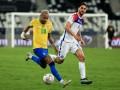 Кубок Америки: Бразилия в меньшинстве обыграла Чили, Парагвай уступил Перу по пенальти