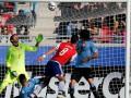 Уругвай сыграл вничью с Парагваем и вышел в четвертьфинал