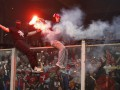 Буйный нрав. Сербские фанаты сорвали футбольный матч