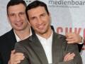 Братья Кличко получили награды в Германии