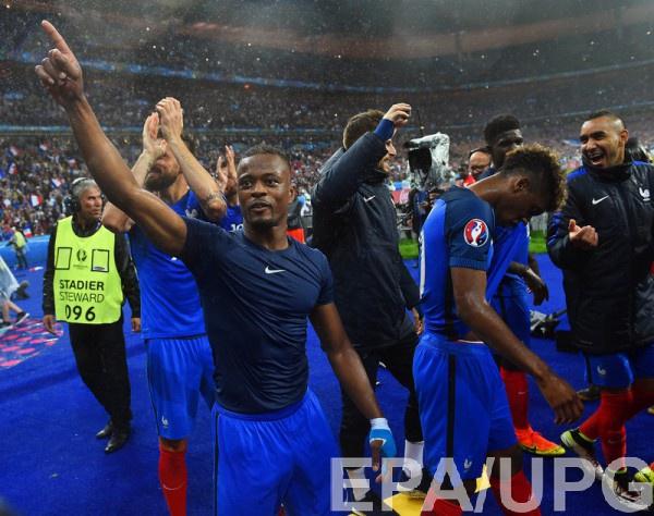 Франция сыграет с Германией в полуфинале