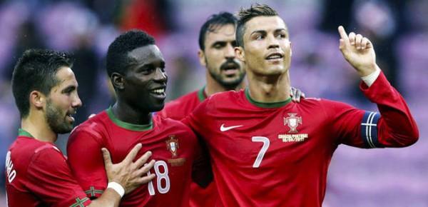 Роналду приносит победу Португалии