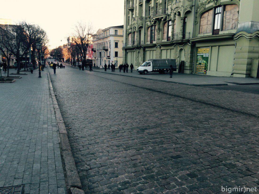 В центре города пусто
