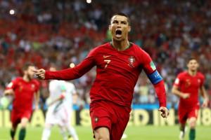Экс-президент Реала - о продаже Роналду: Это историческая ошибка