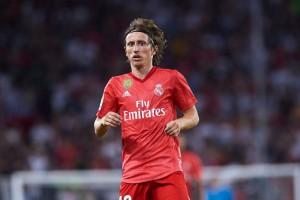 Скромный парень: Лучший футболист мира использует телефон за 100 евро