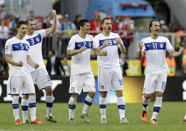 Италия выиграла матч с Уругваем