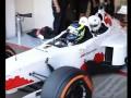 Слепой болельщик погонял на болиде Формулы-1