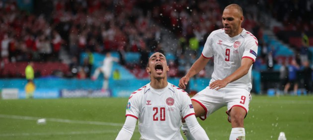 Россия покинула Евро-2020 после крупного поражения от Дании