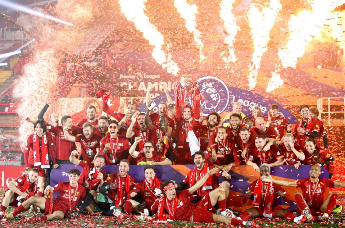 Церемония награждения Ливерпуля