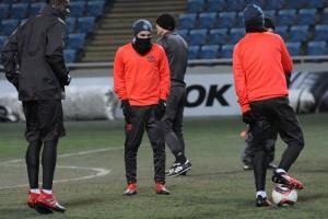 Разминка на морозе: Как игроки Зари и МЮ в Одессе тренировались