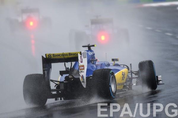 Квалификация сопровождалась сильным дождем