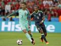 УЕФА обязал Португалию и Уэльс играть в выездных комплектах формы.